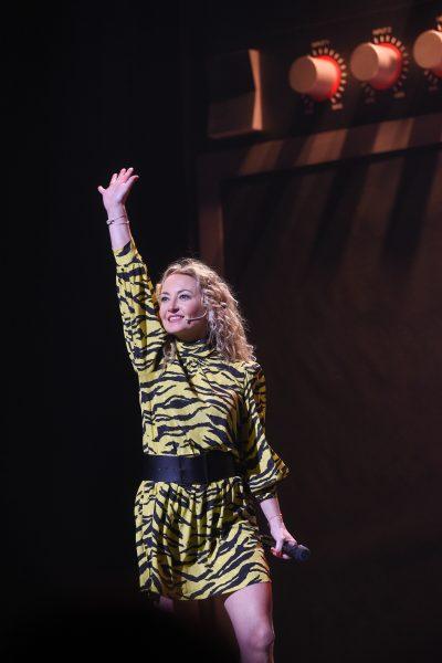"""Semi-exclusif                                      Christelle Chollet                              Générale du 5ème one woman show """"N°5 de CHOLLET"""" de Christelle Chollet, salles Pleyel à Paris"""